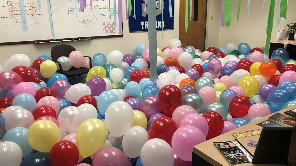 Balloons in office